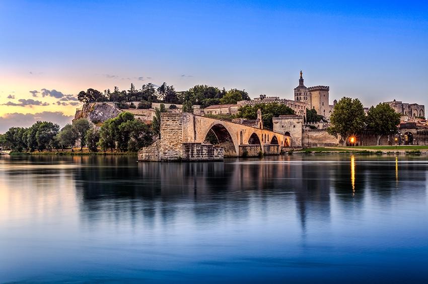 Envolée de l'immobilier à Avignon : +11% en douze mois